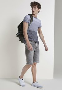 TOM TAILOR DENIM - Denim shorts - used light stone grey denim - 1