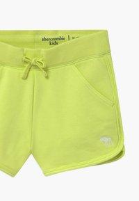 Abercrombie & Fitch - CURVED - Pantaloni sportivi - lime - 3