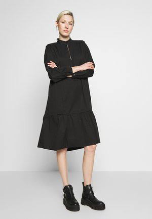 OBJKAIKO  DRESS - Vardagsklänning - black