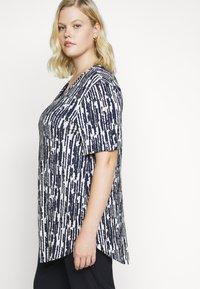 Evans - TURN BACK TOP - Print T-shirt - navy - 3