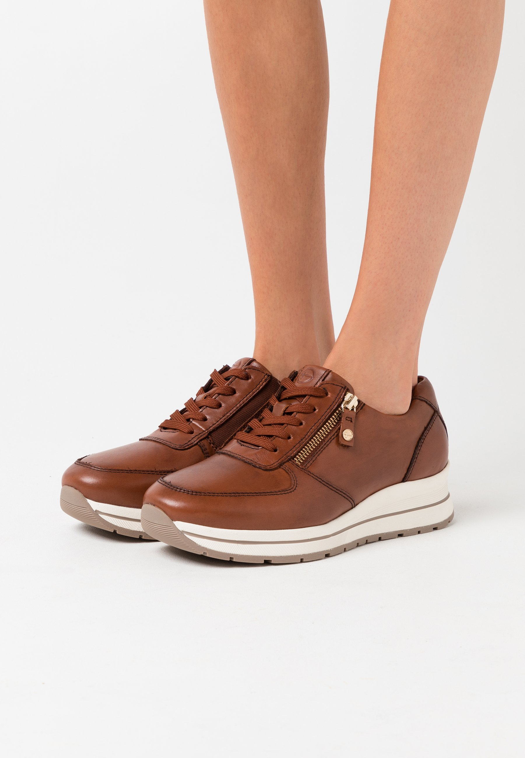 LACE UP Sneakers chestnut