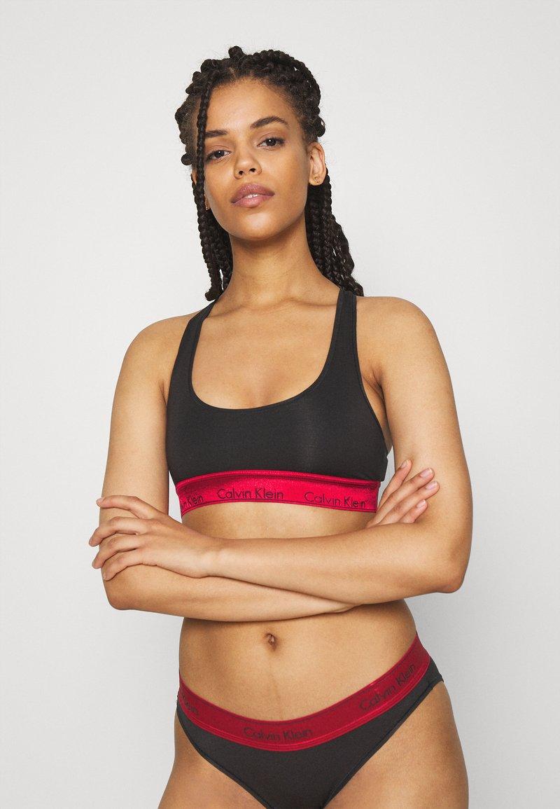 Calvin Klein Underwear - MODERN UNLINED BRALETTE - Bustier - black/red