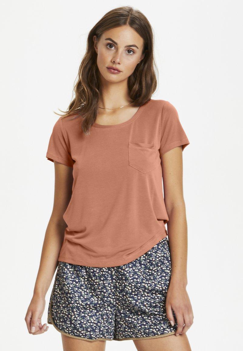 Soaked in Luxury - COLUMBINE TEE - Basic T-shirt - carnelian
