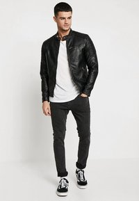 Jack & Jones - JJEROCKY JACKET - Imitert skinnjakke - black