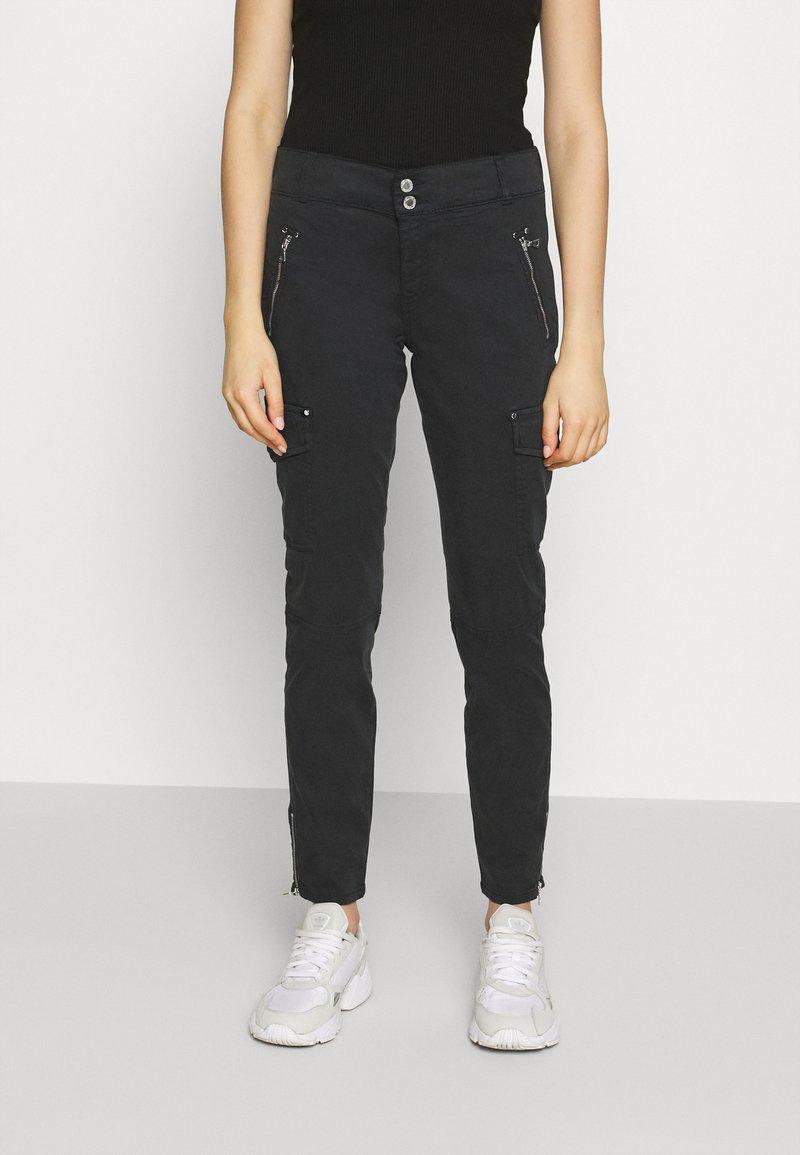 Mos Mosh - GILLES CARGO PANT - Trousers - black