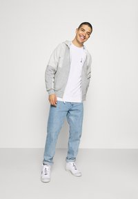 Nike Sportswear - Bluza - white - 1
