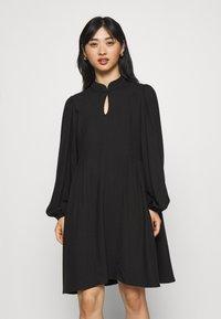 Selected Femme Petite - SLFJOFRID SHORT DRESS - Day dress - black - 0