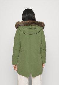 Roxy - AMY 2-IN-1 - Parka - bronze green - 2