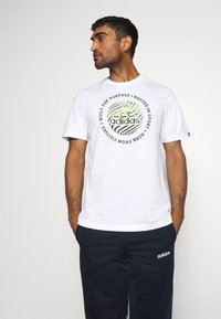 adidas Performance - Print T-shirt - white - 0