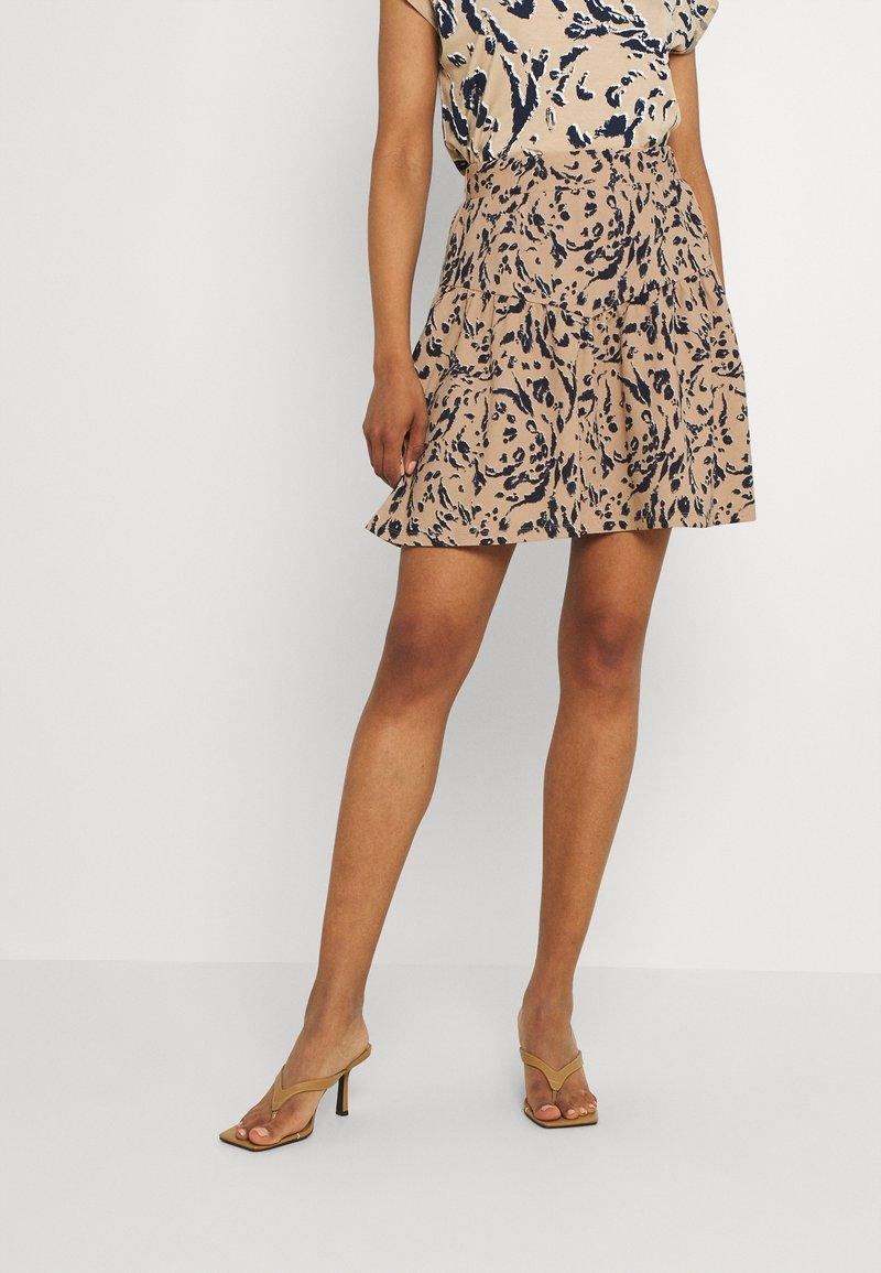 Vero Moda - VMHAILEY SKIRT - Mini skirt - hailey