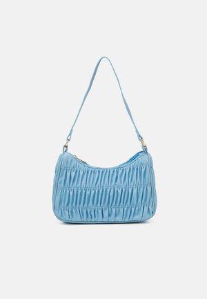PCMILLE SHOULDER BAG - Kabelka - blue topaz