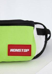 DeFacto - Bum bag - green - 2