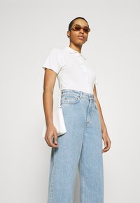 ARKET - Straight leg jeans - office wash - 3
