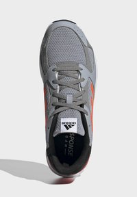 adidas Performance - RESPONSE RUN SCHUH - Neutral running shoes - grey - 3