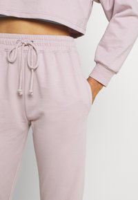 Missguided - COORD OFF THE SHOULDER SET - Tracksuit - lilac - 5