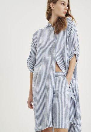 DRIZAIW - Shirt dress - blue / white