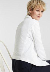 Esprit - KNIT BLAZER - Blazer - white - 6