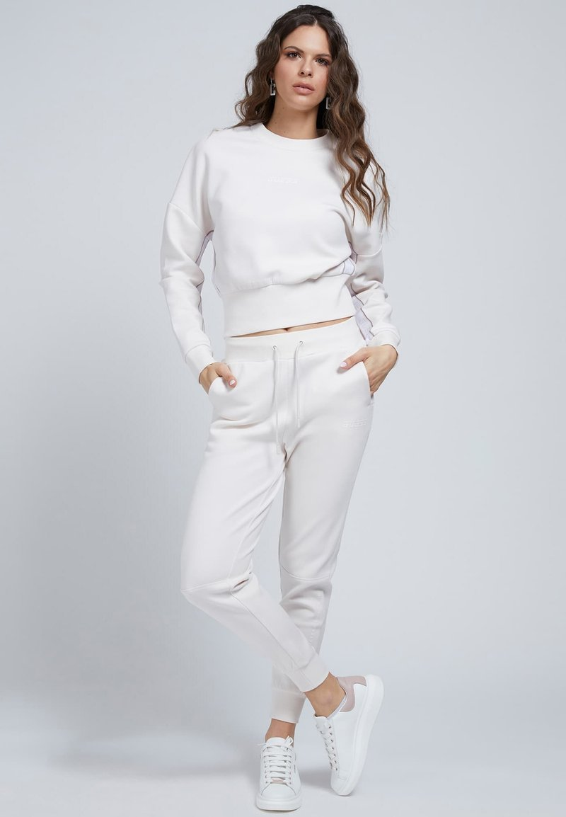 Guess - Sweatshirt - creme