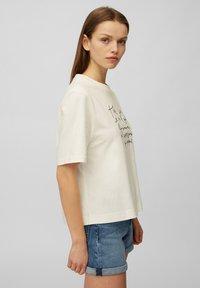 Marc O'Polo DENIM - Print T-shirt - scandinavian white - 3