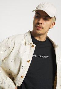 Night Addict - TOUR - T-shirt med print - black - 4