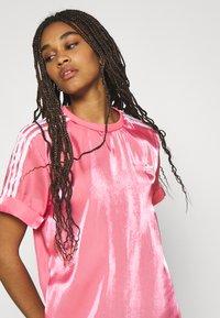 adidas Originals - DRESS - Vestido informal - rose tone - 4