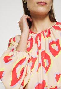 Closet - KIMONO MIDI DRESS - Maxi dress - peach - 7