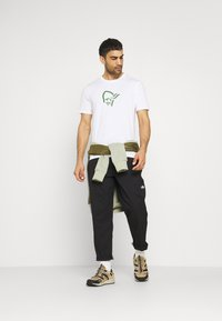 Norrøna - T-shirt imprimé - pure white - 1