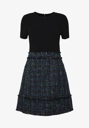 FEARNIC - Pouzdrové šaty - blue
