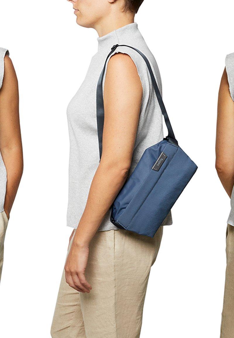 Bellroy - SLING MINI - Bum bag - marine blue