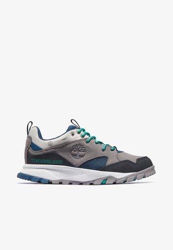 GARRISON TRAIL WP - Walking shoes - steeple grey