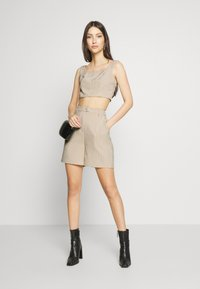 4th & Reckless - LAUREN TROUSER - Shorts - nude - 1