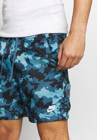 Nike Sportswear - FLOW  - Shorts - cerulean/thunderstorm/white - 4