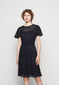 Lauren Ralph Lauren - GORDON STRETCH DRESS - Cocktail dress / Party dress - lighthouse navy - 0