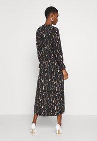 Vero Moda Tall - VMGALICE LS ANKLE DRESS - Vestito estivo - black/galice - 2