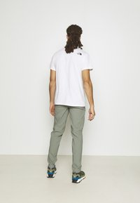 The North Face - LIGHTNING PANT - Kalhoty - agave green - 2