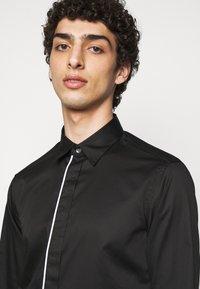 Emporio Armani - SHIRT - Shirt - black - 3