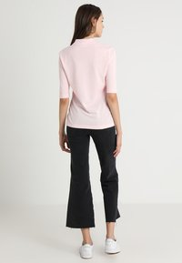 Lacoste - CORE - Polo shirt - flamingo - 2