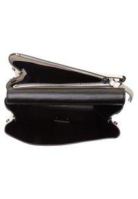 Coccinelle - Handbag - weiß - 3