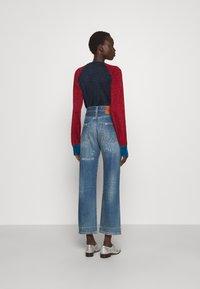 Victoria Beckham - VICTORIA - Straight leg jeans - vintage wash light - 2