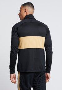 Nike Performance - INTER MAILAND DRY SUIT SET - Klubtrøjer - black/truly gold - 2