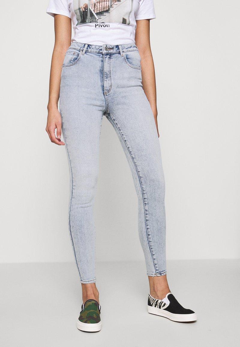 Abrand Jeans - HIGH ANKLE BASHER - Jeans Skinny Fit - light-blue denim