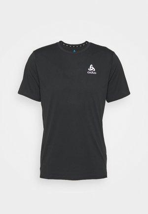 ZEROWEIGHT CHILL TEC CREW NECK - Print T-shirt - black