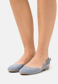 Marco Tozzi - Ankle strap ballet pumps - steel - 0