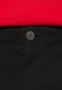 Tommy Jeans - ETHAN BLEND PANT - Chino - black - 3