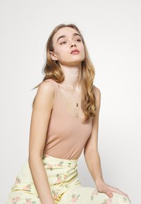 Glamorous - MIDI SKIRTS WITH FRONT SPLIT - A-line skirt - yellow/pink - 3