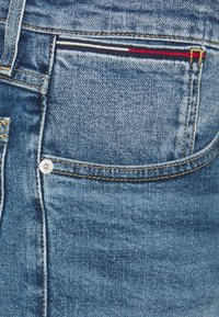 Tommy Jeans - RONNIE RELAXED - Jeansshorts - blue denim - 5