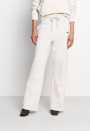PANTALONI TROUSERS - Pantalon de survêtement - white stone
