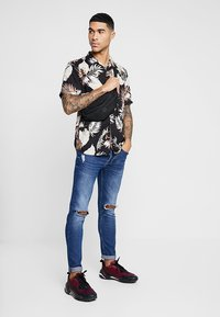Only & Sons - ONSSEAN SHIRT - Shirt - black - 1