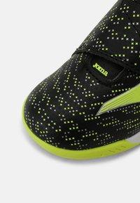 Joma - XPANDER JUNIOR UNISEX - Indoor football boots - black/yellow - 4