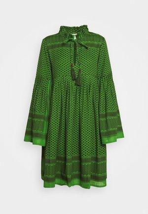 SOUZARICA - Denní šaty - moss